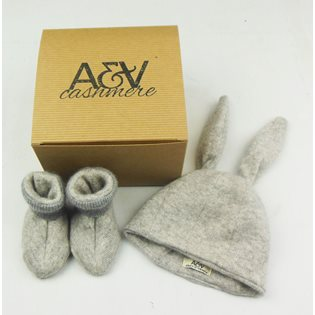 Rabbit Hat & Booties Giftset - Grey
