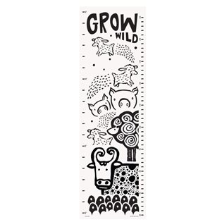 Canvas Growth Chart - Farm Yard